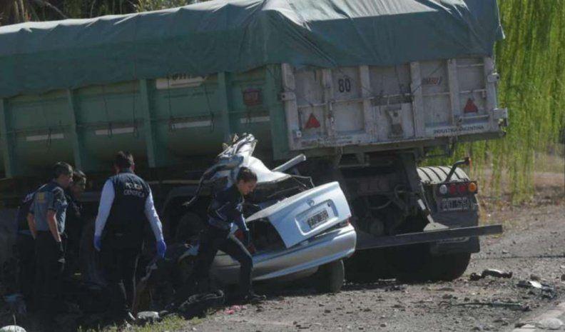 Cinco muertos tras un choque en Mendoza