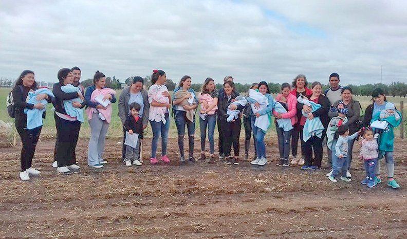 En Huinca Renancó plantan un  árbol por cada nuevo recién nacido