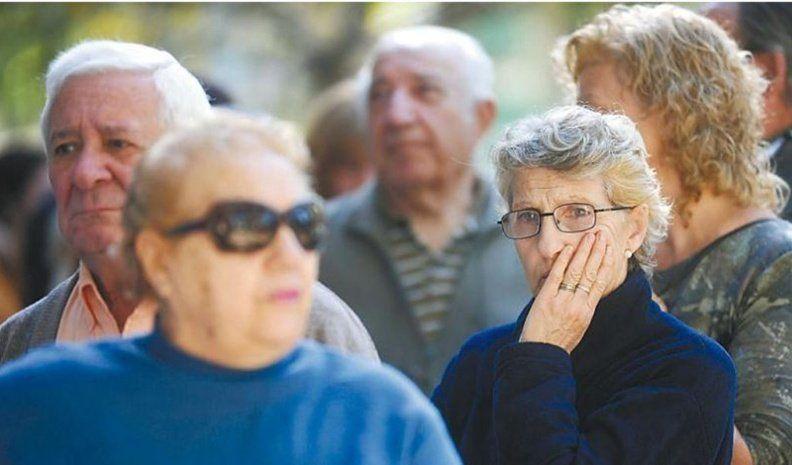 El Gobierno oficializó la suba de jubilaciones: la mínima será $14.067