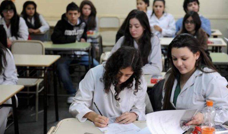 PISA confirmó mejoría en Lengua y retroceso en Matemáticas, lejos del promedio regional y mundial