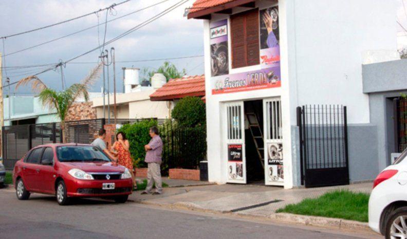 Asalto comando en el sur de la ciudad: una mujer fue violentamente golpeada