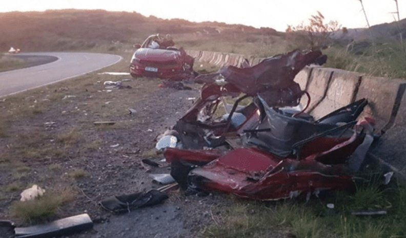 Cinco muertos en un choque frontal en el camino de las Altas Cumbres