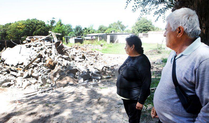 Drama: el Municipio demolió casas ubicadas en terrenos usurpados