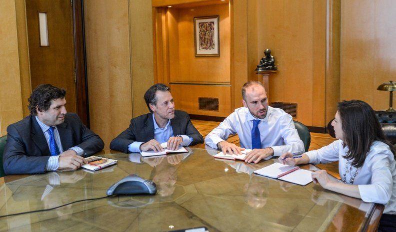 Martín Guzmán se reunió con la misión del FMI
