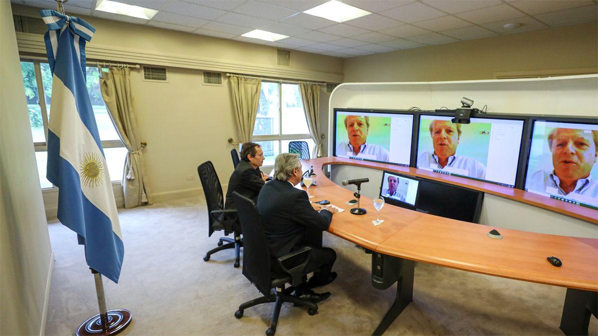 El presidente Alberto Fernández mantuvo hoy en la Quinta presidencial de Olivos una videoconferencia con el vicepresidente del Banco Mundial
