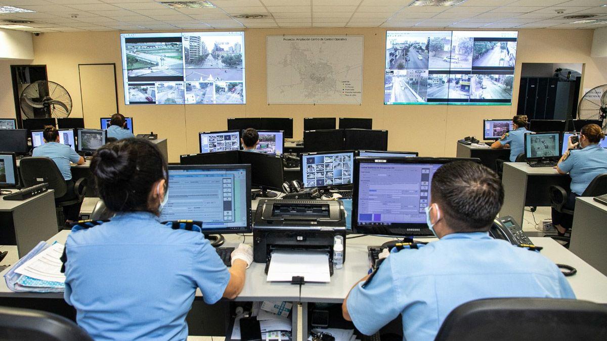 En Córdoba capital ya se usan las cámaras de vigilancia para detectar a infractores de la cuarentena obligatoria.