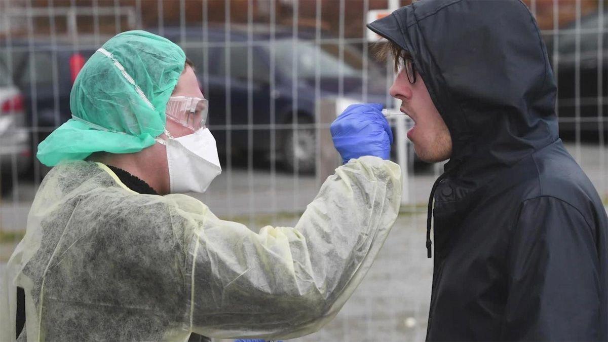 Los casos de coronavirus superaron los 10 millones y los muertos son casi 500.000