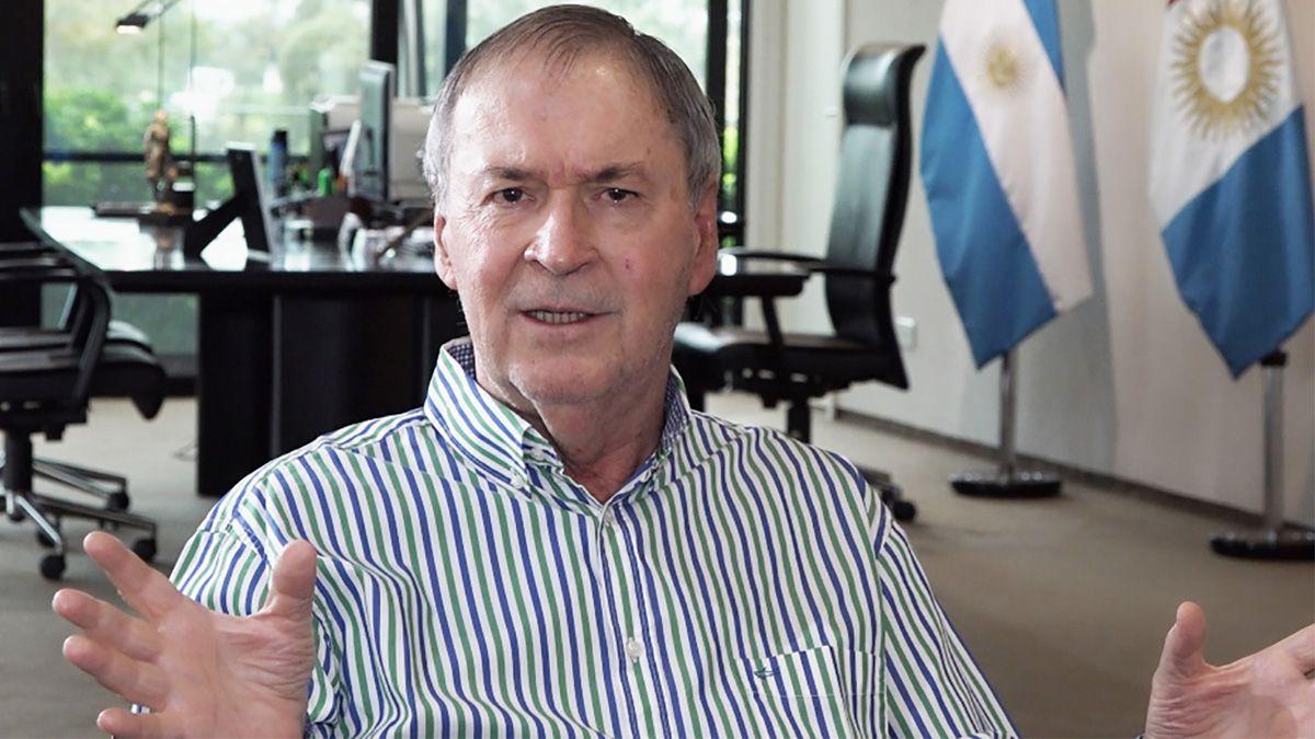 El gobernador Schiaretti ratificó su apoyo al Gobierno nacional frente a la renegociación de la deuda.