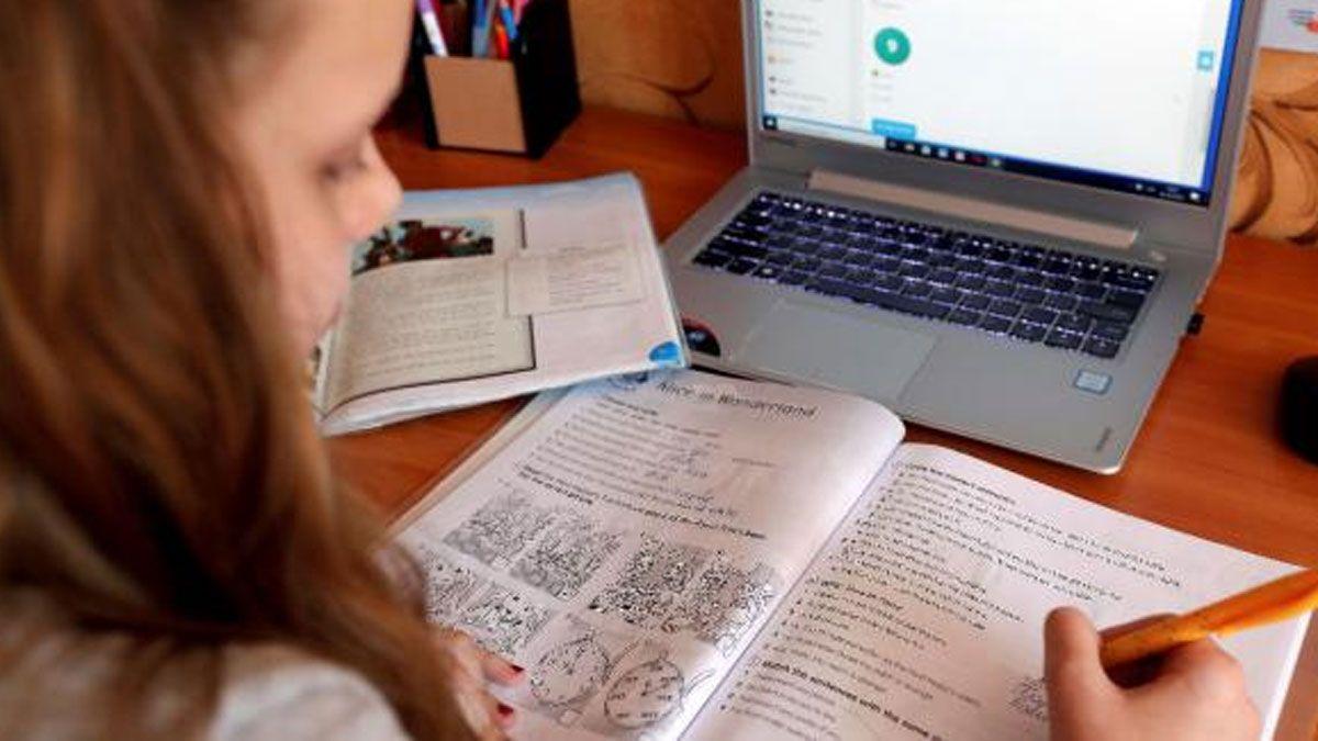 El Ministerio de Educación de Córdoba estableció criterios para aprobar el año escolar.