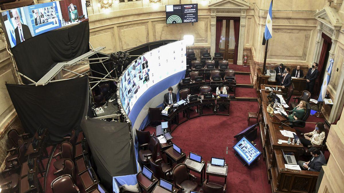 El Senado se reacondicionó para poder sesionar en medio de la pandemia.