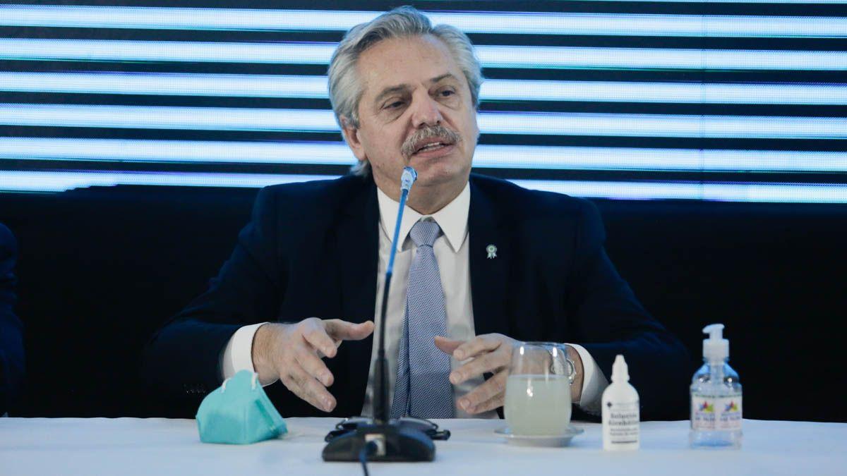 El presidenteAlberto Fernándezle agradeció hoy al humorista Roberto Moldavsky una dedicatoria musical.