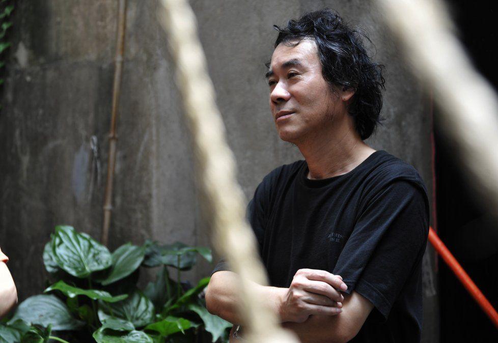 Chen Xiwo habla de su controvertida novela Amo a mi mamá.