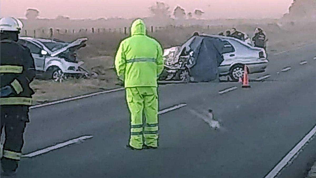 El choque ocurrió entre un Fiat Siena y una camioneta Ford Ecosport.