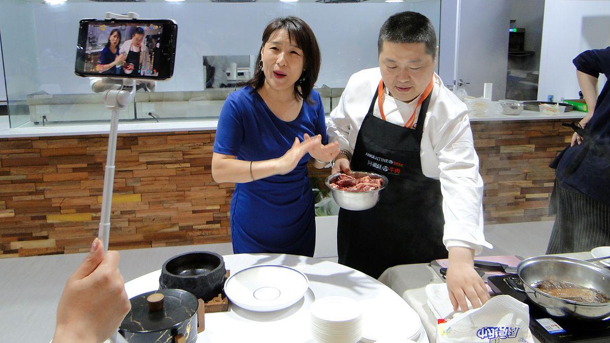 Los chinos siguen incorporando la carne vacuna a la dieta.