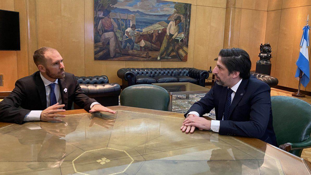 La Argentina entró técnicamente en default y hará cambios en la oferta