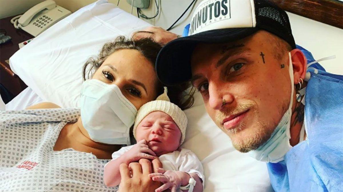 Nació Abril, la bebé de El Polaco y Barby Silenzi