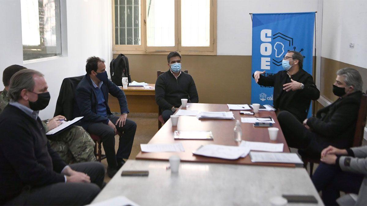 Llamosas y funcionarios municipales se reunieron con autoridades de la Provincia y del COE en Córdoba.