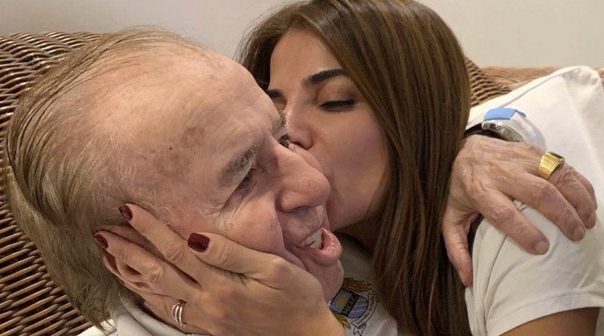 Menem permaneció 15 días internado a causa de una neumonía.