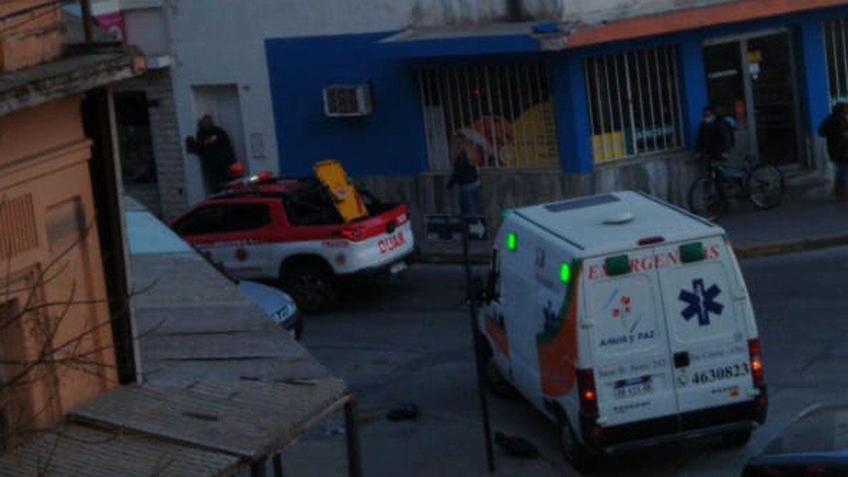 Un operario cayó de un edificio en construcción ubicado en la intersección de calles Buenos Aires y Mendoza