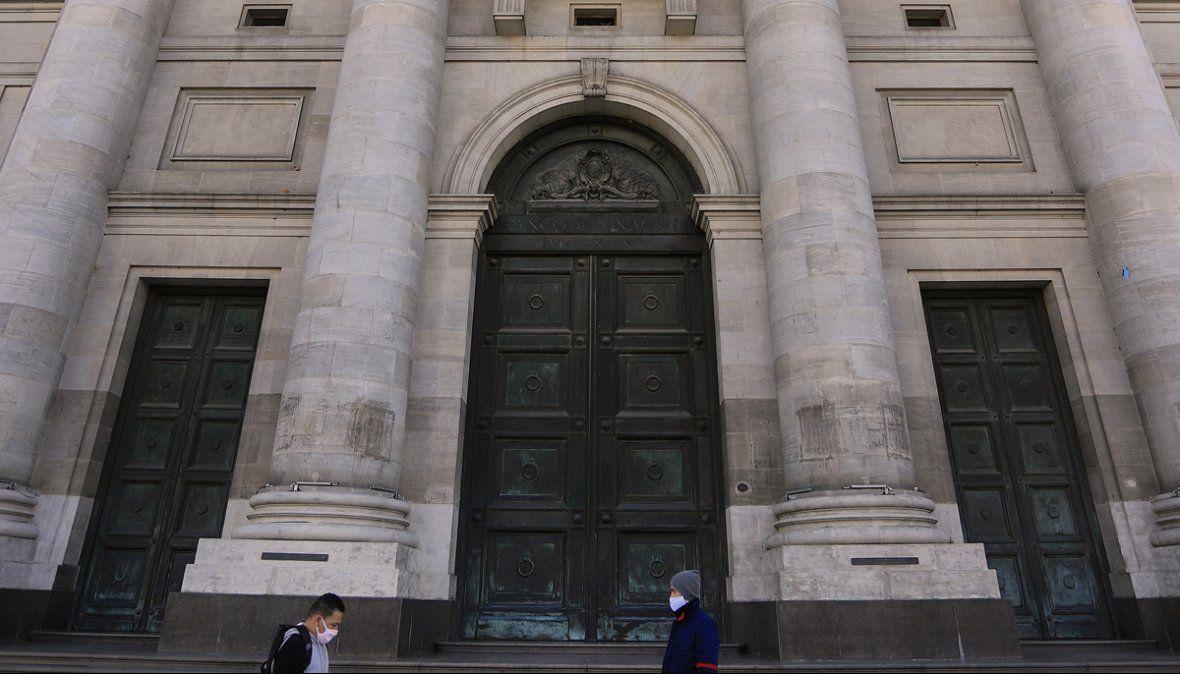 Sede central del Banco Nación, cerrada por un caso positivo