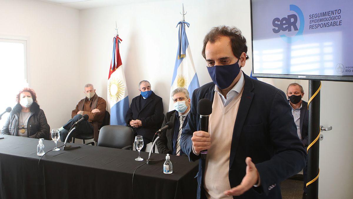 El intendente Juan Manuel Llamosas se refirió al nuevo caso positivo en la ciudad.