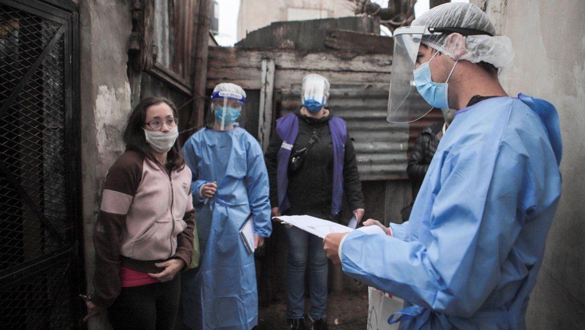Reportan casi seis mil nuevos contagios y más de cien muertos en todo el país