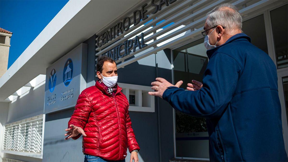 El intendente Llamosas visitó la central de monitoreo epidemiológico.