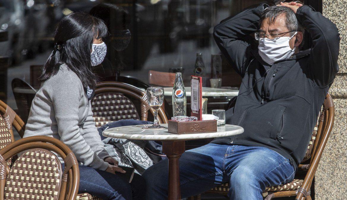 La OMS aconseja la regla de  las tres C para prevenir los contagios de Covid-19