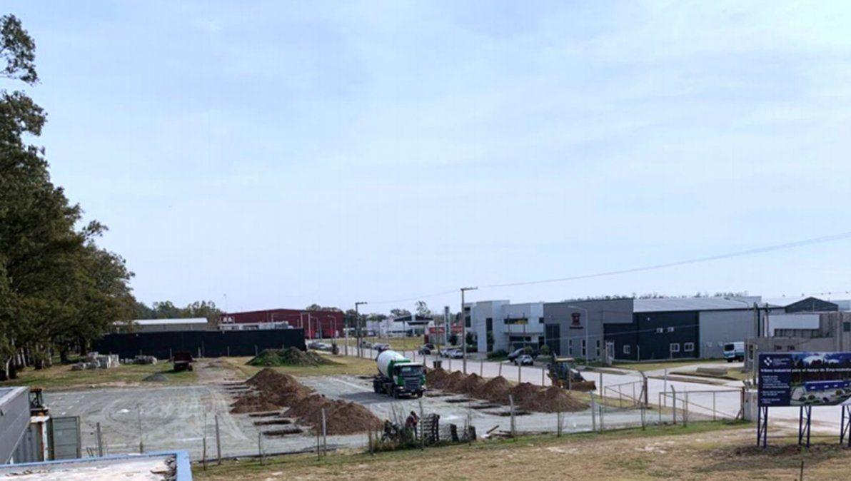 Comenzaron los trabajos de movimiento de suelo en el Parque Industrial de Villa María.