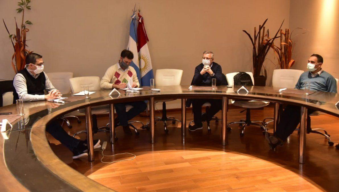 Villa María y Villa Nueva presentaron protocolos para flexibilizar nuevas actividades.