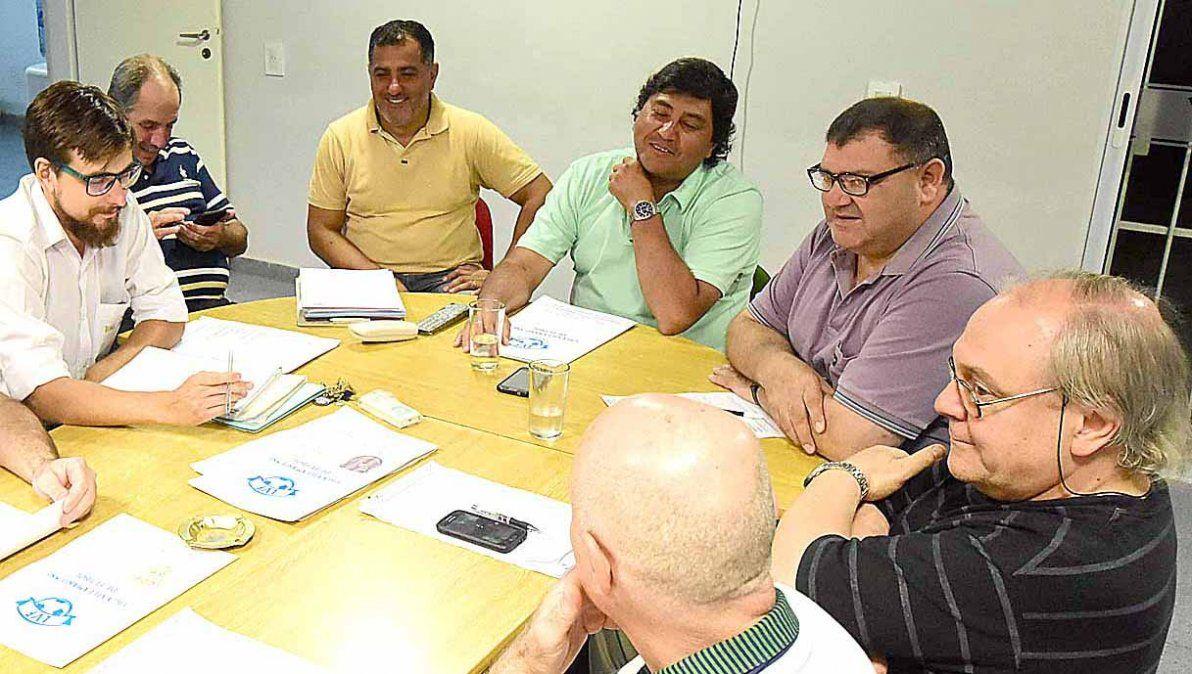 La Mesa Directiva de la Liga Villamariense de Fútbol pidió a EPEC que cese el cobro.