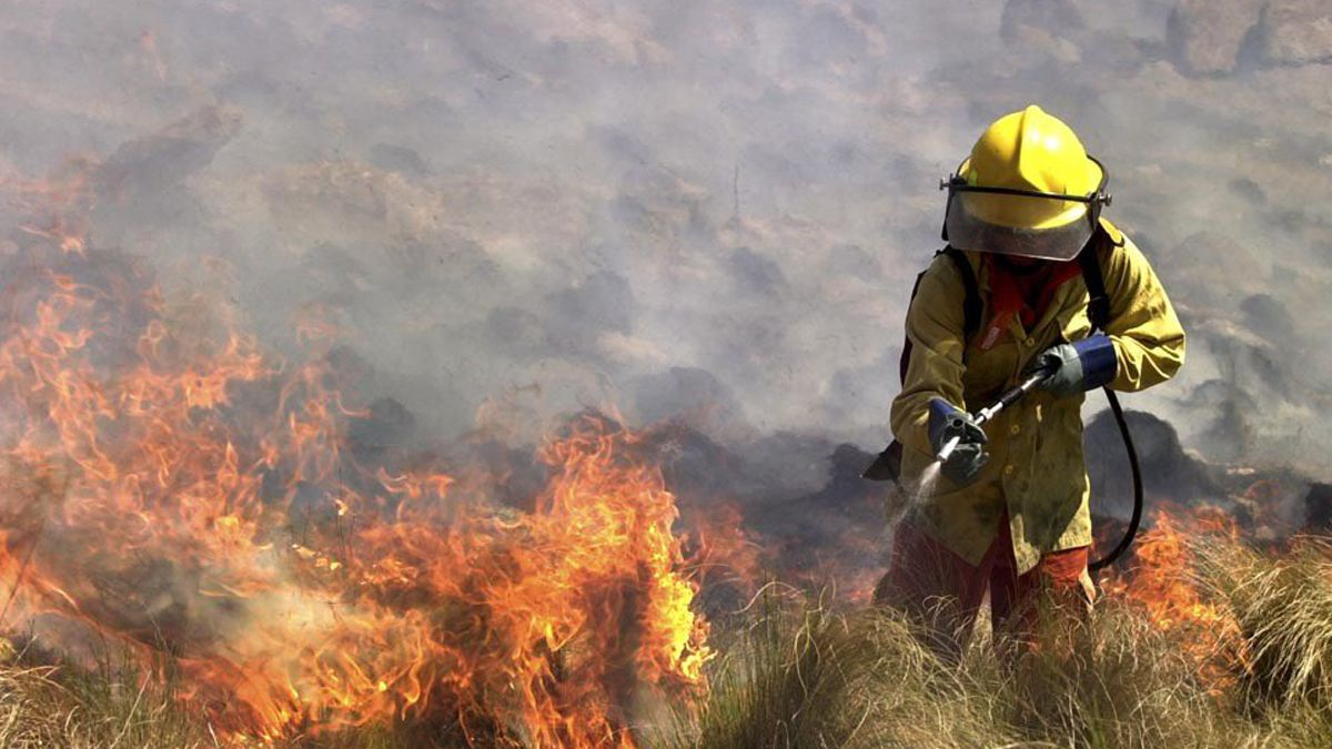 La presencia de numerosos focos de incendios en 11 provincias