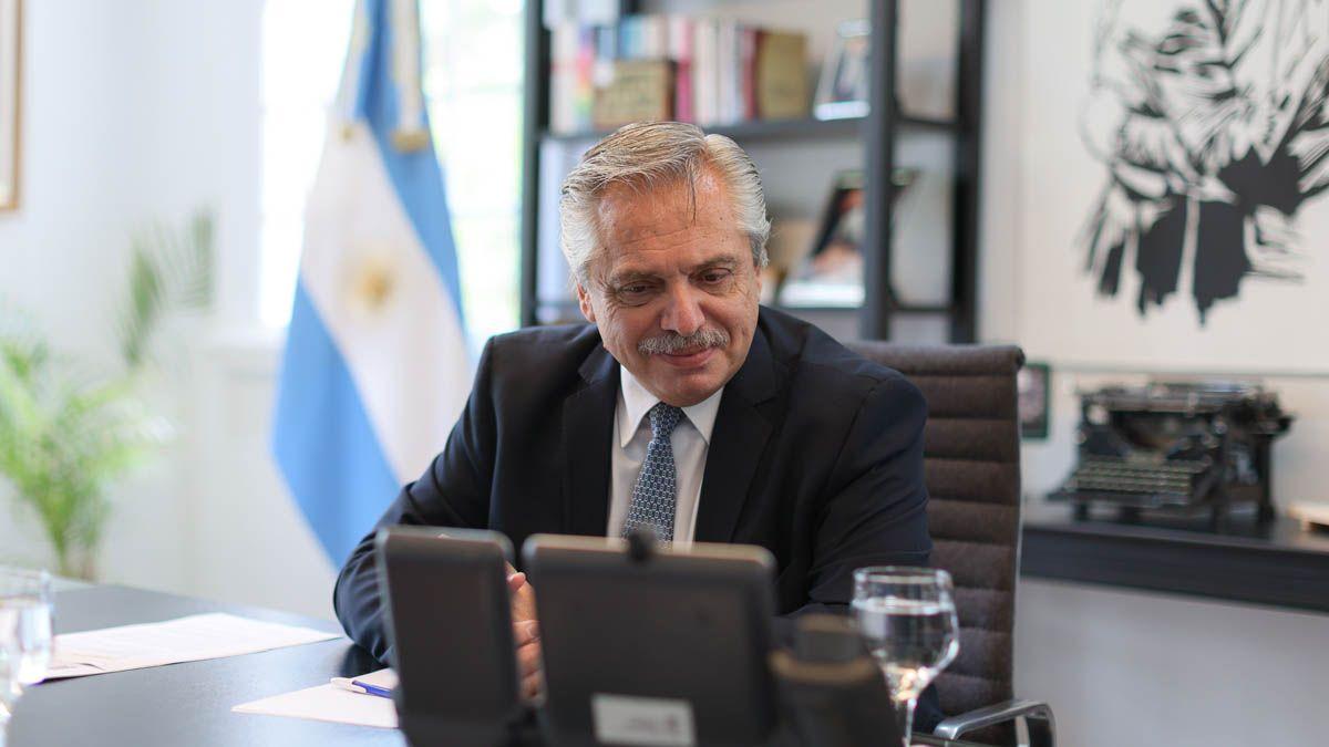 El presidente Alberto Fernández agradeció hoy a las organizaciones políticas y sociales que convocaron a una movilización para el lunes.