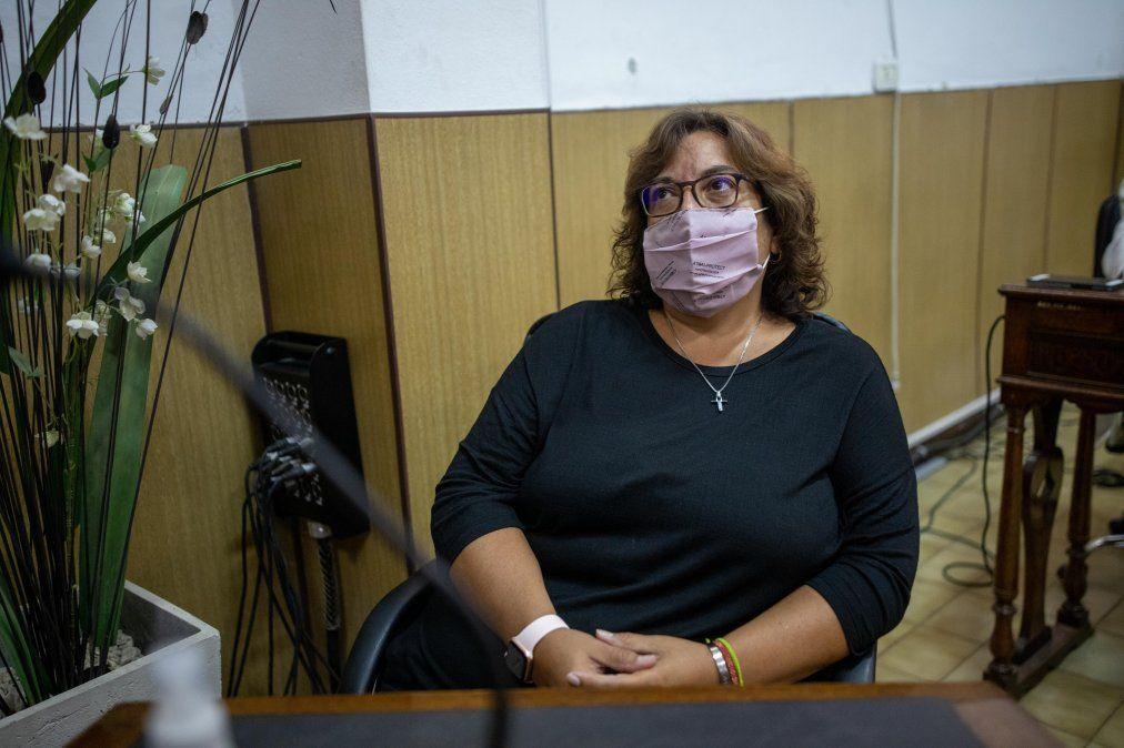 La concejala Karina Bruno fue quien defendió el proyecto en el recinto.