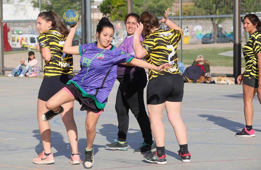 A las 11 se inicia la Liga amateur de handball. Hoy sólo están previstos partidos de damas.