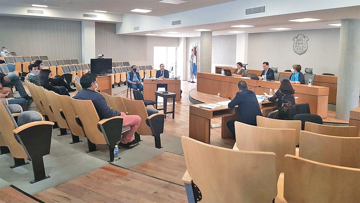 El juicio se desarrolla ante la Cámara Primera del Crimen.