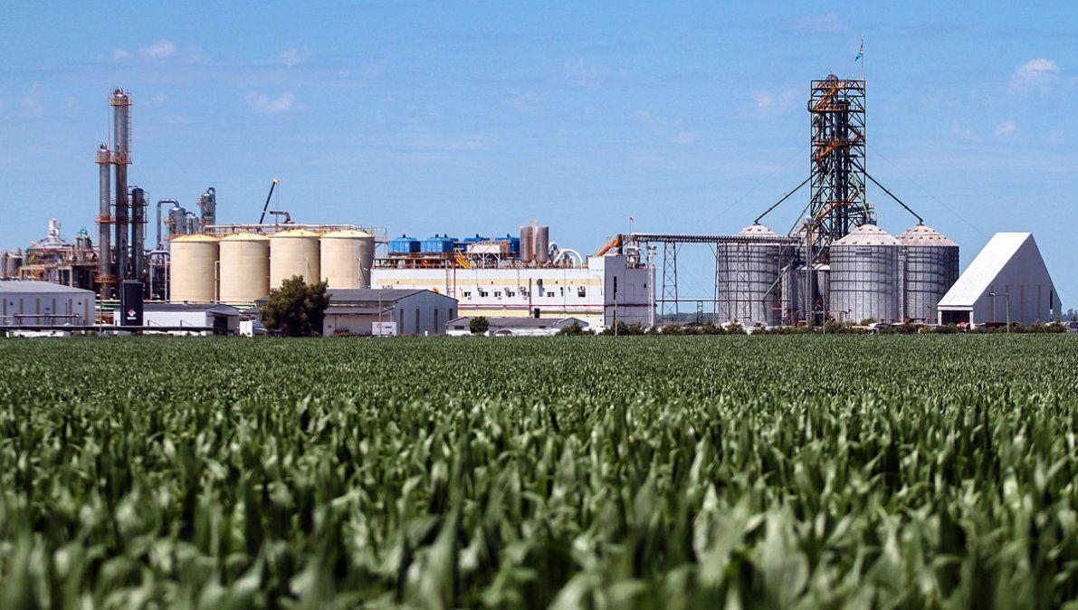 Fijan un 10% de aumento a biocombustibles