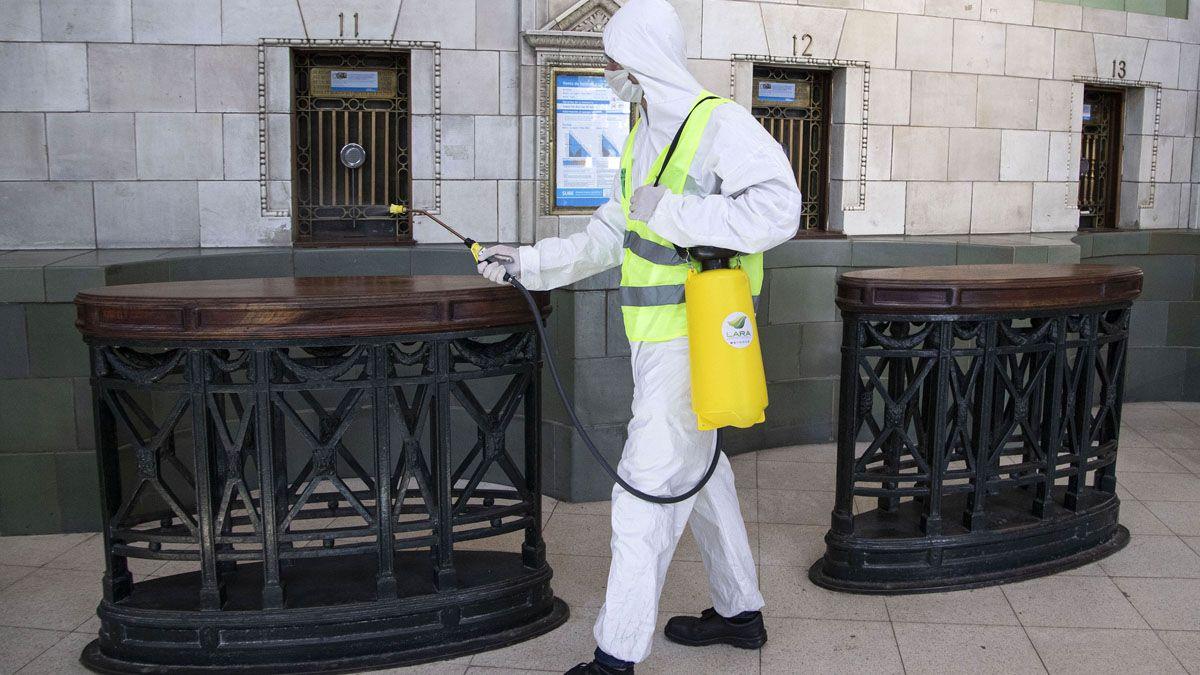 Nuevo pico de contagios en el país: 438 casos en un mismo día