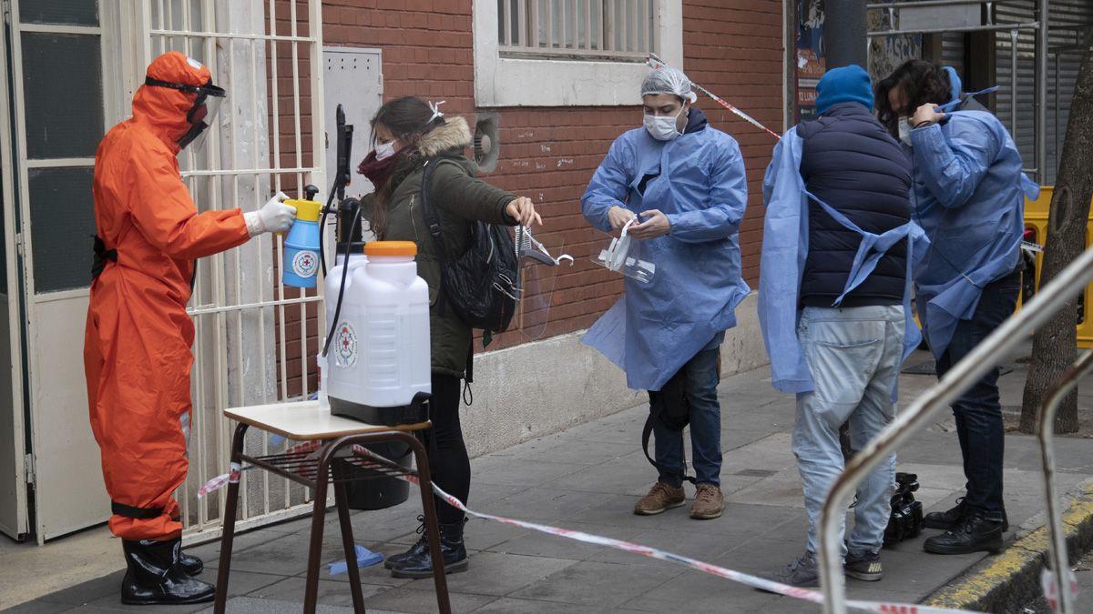 Confirmaron otros 7.663 contagios por coronavirus en Argentina.