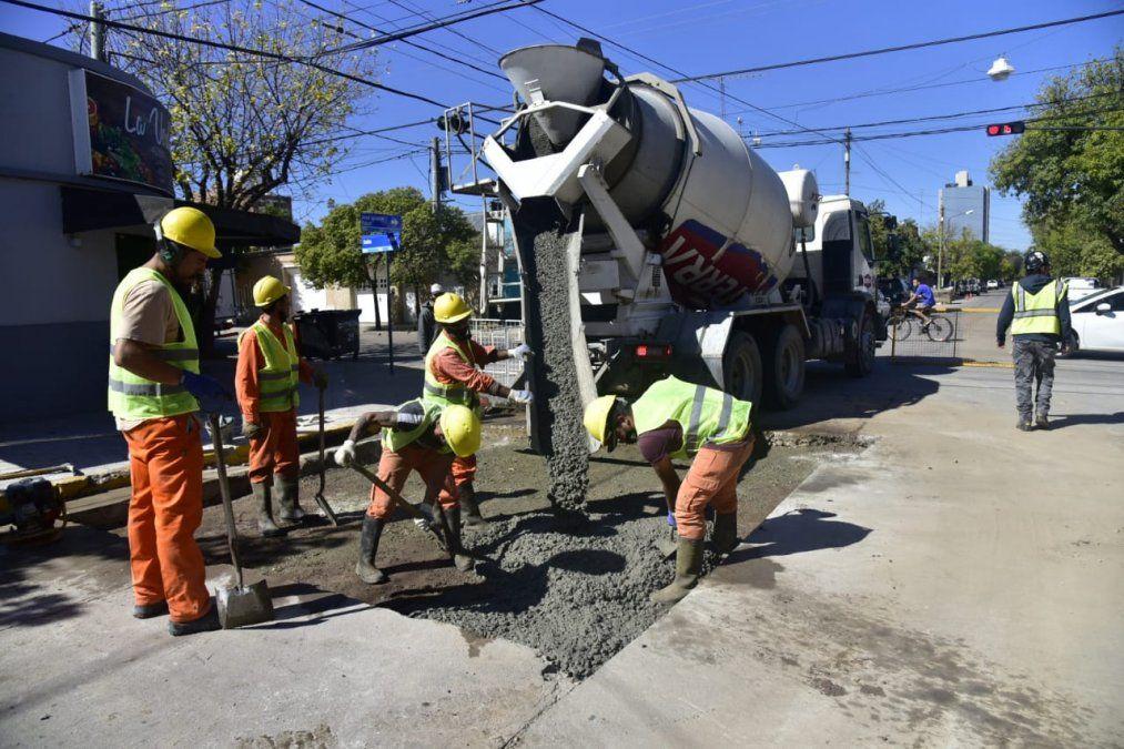Realizaron obras de bacheo en calles Rucci y Salta