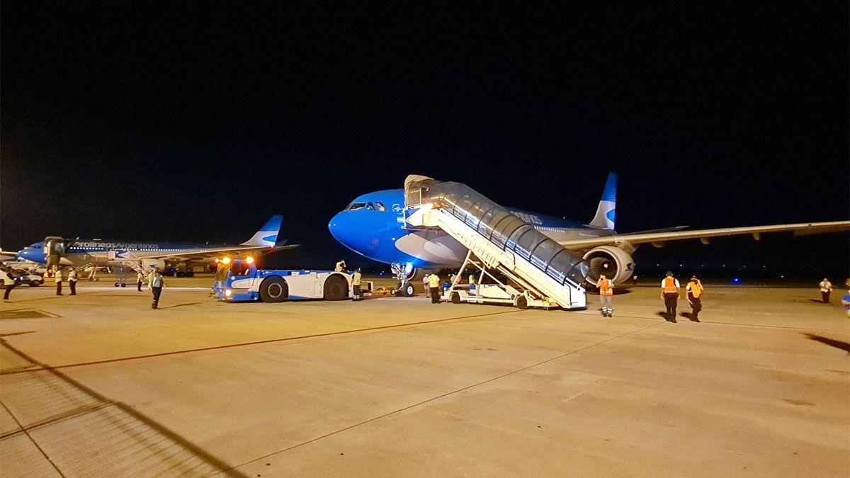 Llega esta tarde al país el primero de los dos vuelos de Aerolíneas que traen más vacunas Sputnik