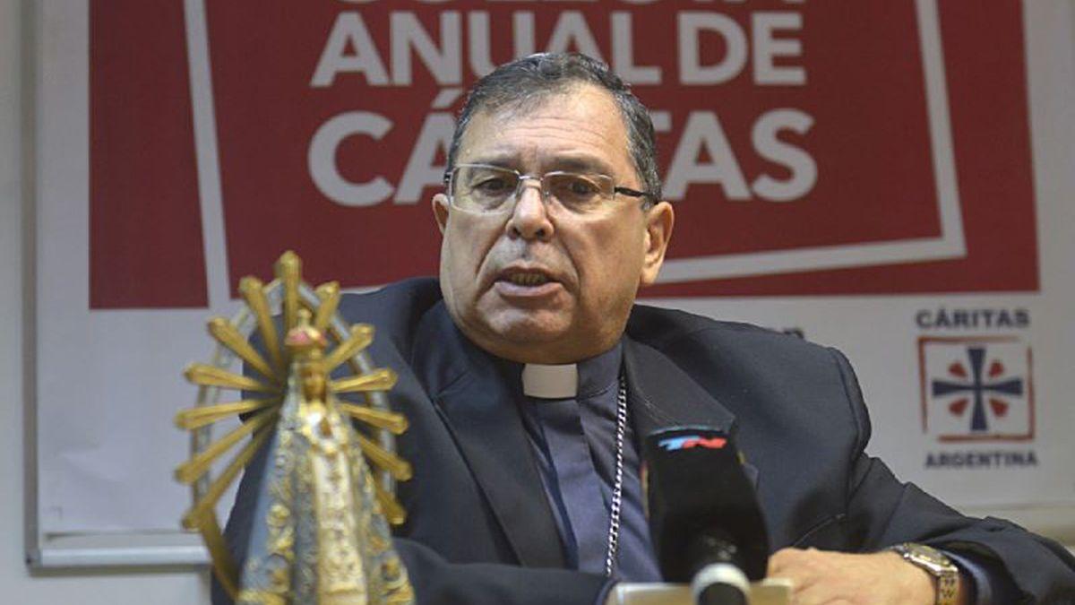 """Carlos """"Cacho"""" Tissera conduce actualmente el Obispado de Quilmes. Fue párroco de la Catedral de RíoCuarto."""