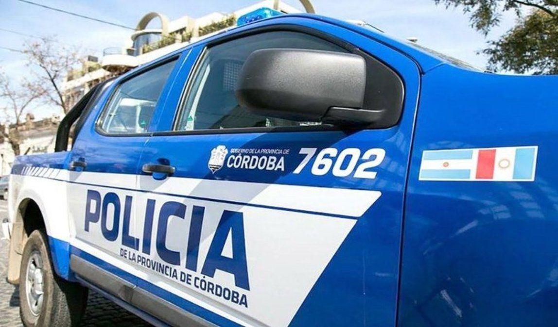 El policía detenido está denunciado de abusar de una menor en La Carlota.