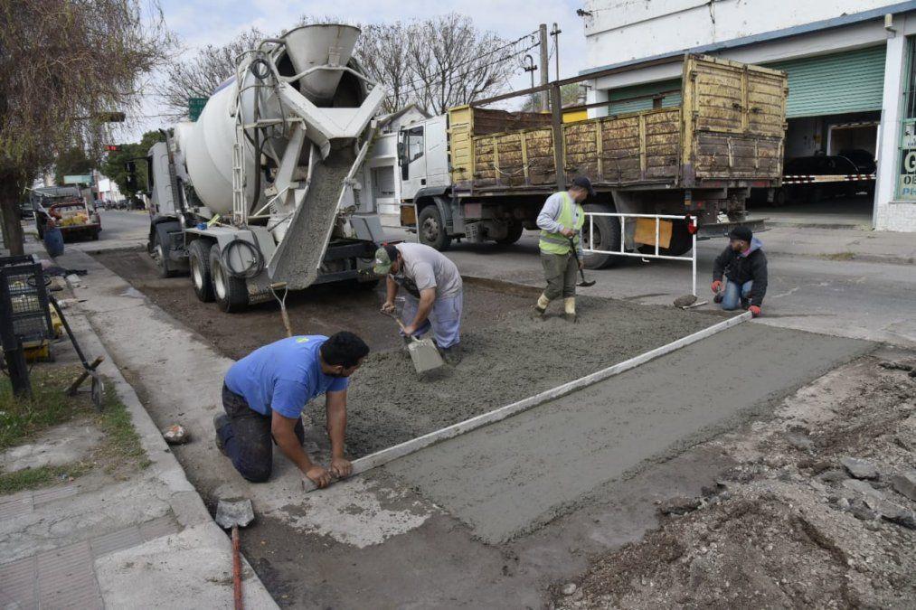 Las obras en el barrio Almirante Brown sobre avenida Alem.