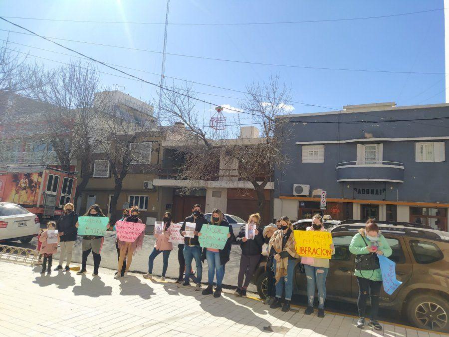 Caso Fernández: sin prisión domiciliaria, les toman hoy declaración a los adultos mayores