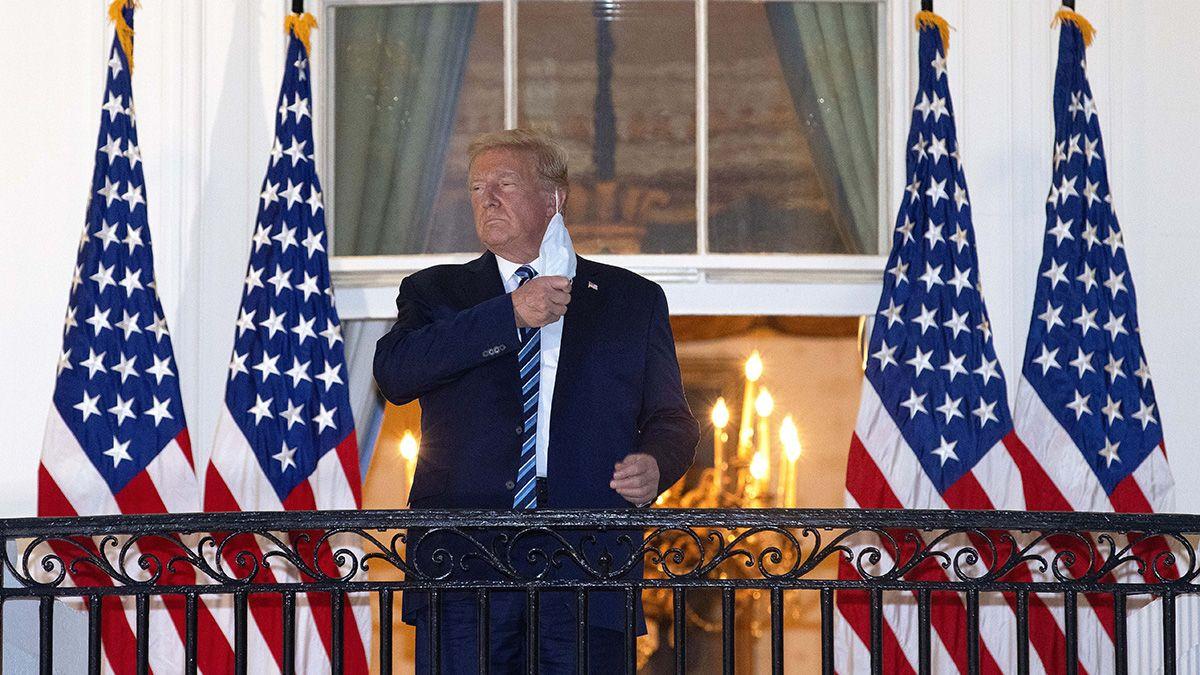Trump fue dado de alta y saludó en la Casa Blanca sin barbijo