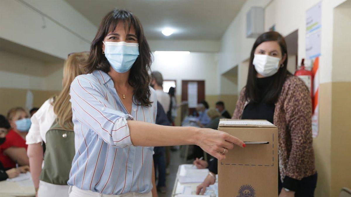 Natalia De la Sota votó en la ciudad de Córdoba.
