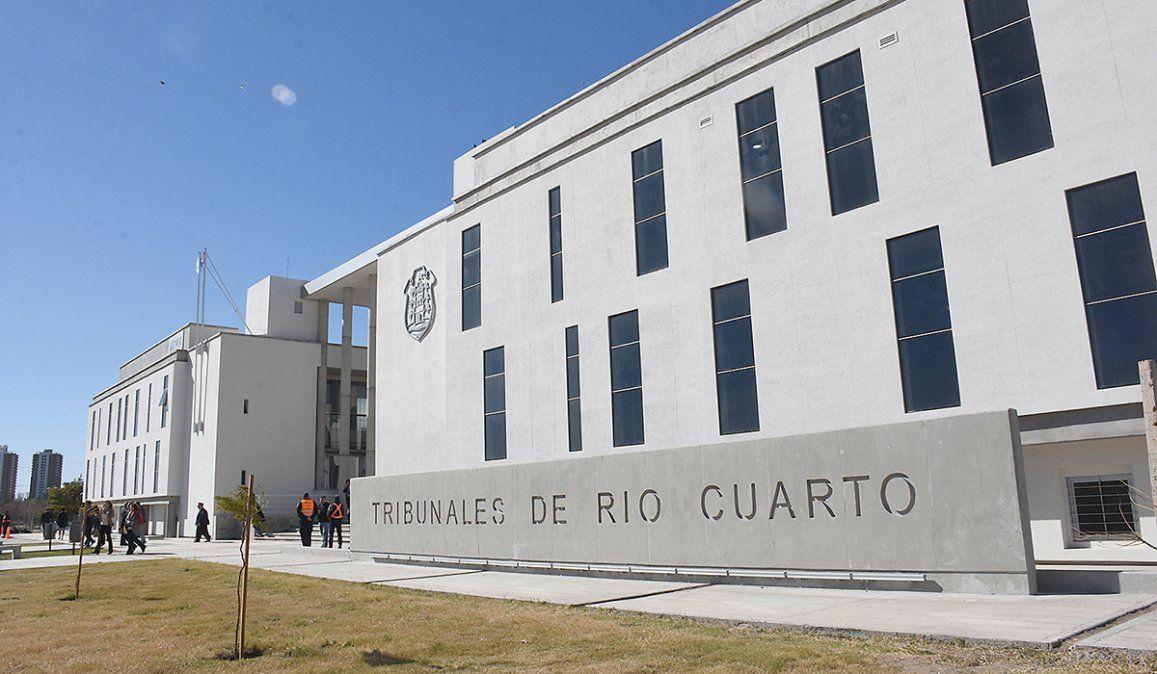 El juicio está a cargo de la Cámara Segunda del Crimen de los tribunales de la ciudad de Río Cuarto.