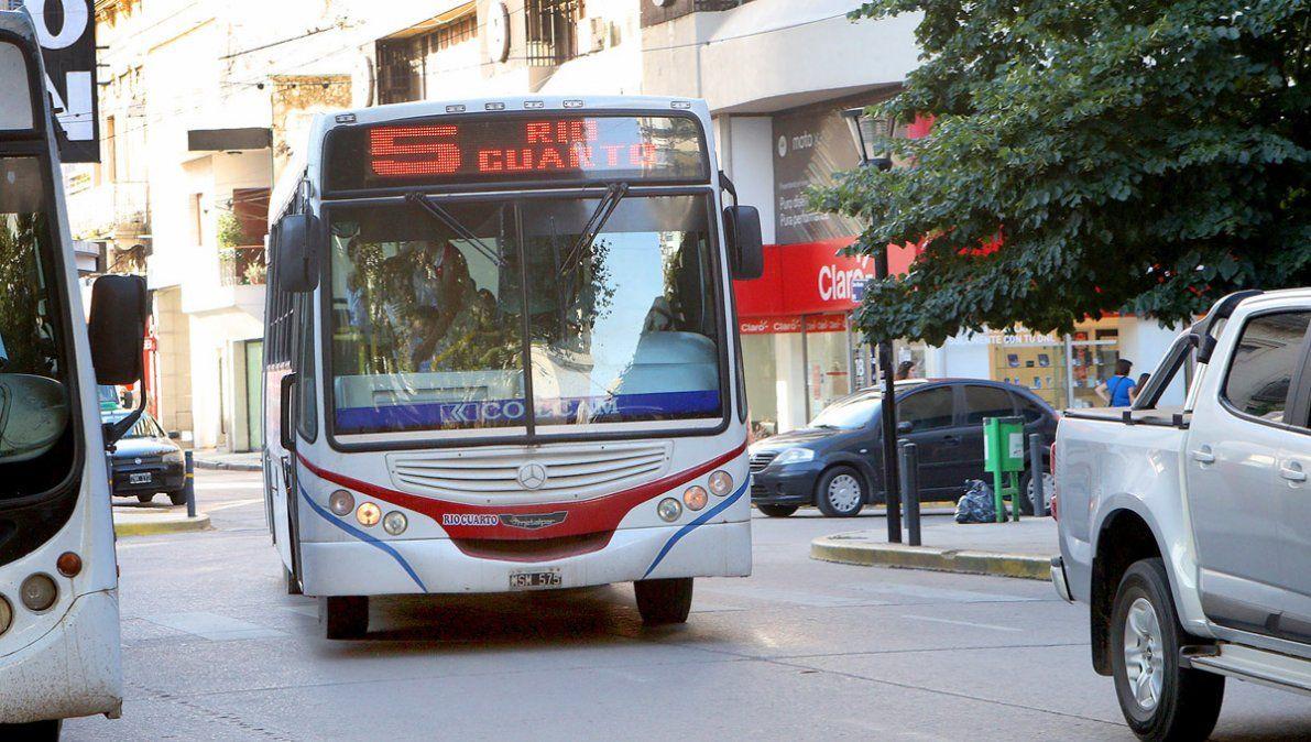 Aoita y las empresas de transporte llegan a un acuerdo y levantan el paro
