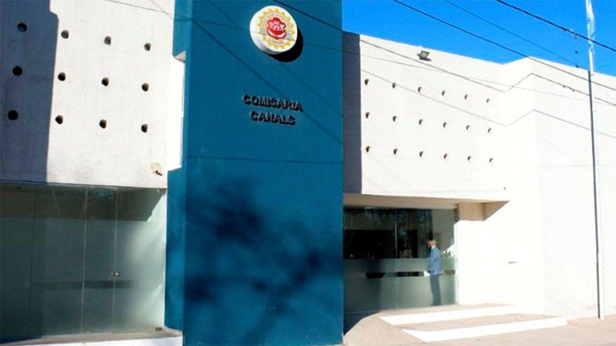 La denuncia de abuso sexual fue realizada en la comisaría de Canals.